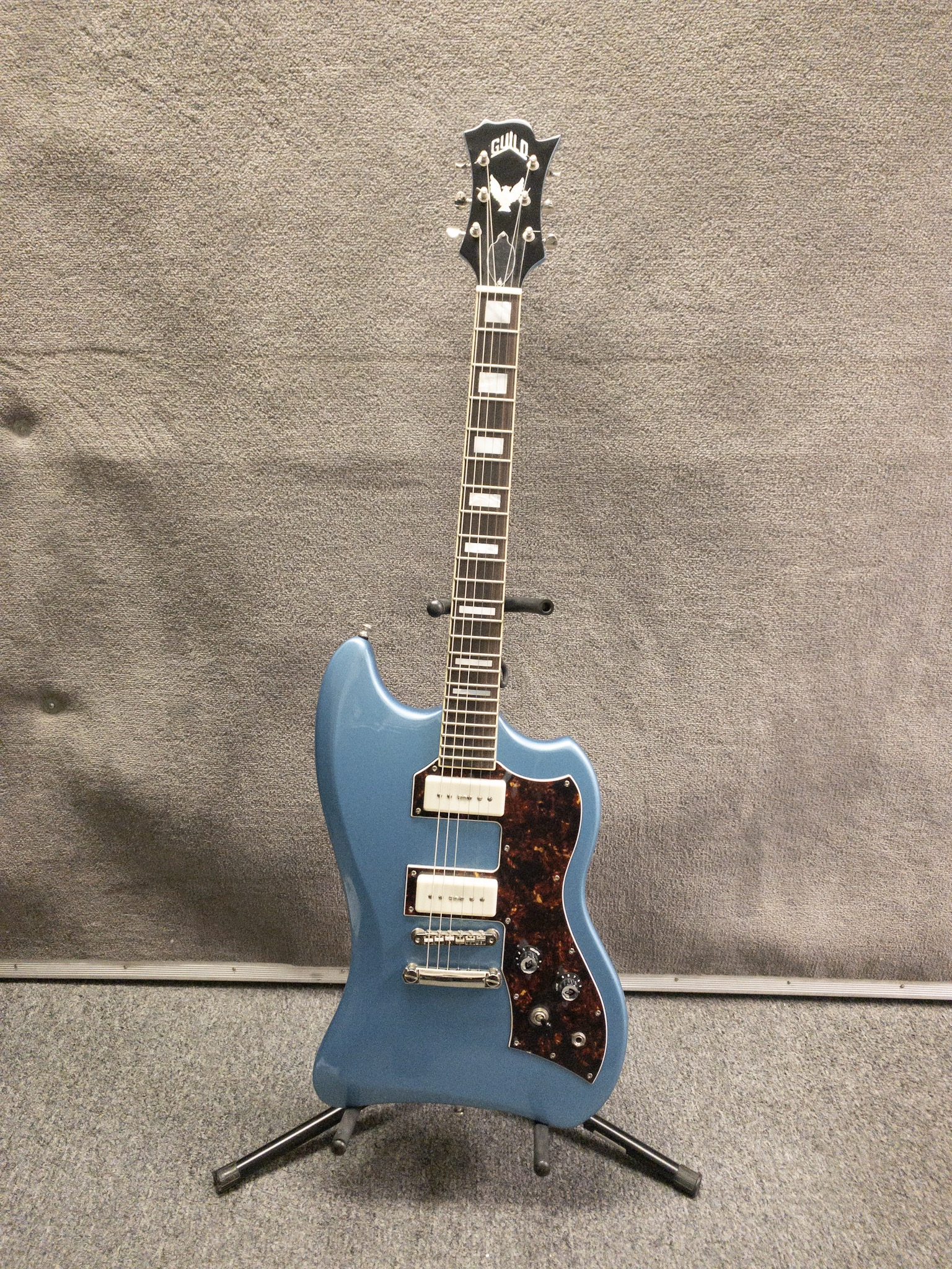 guild t bird electric guitar south austin music new used and vintage instruments acoustic. Black Bedroom Furniture Sets. Home Design Ideas